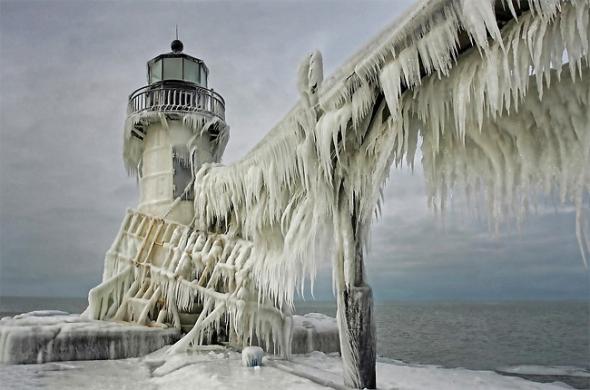 Autorem těchto mrazivých snímků je Thomas Zakowski.