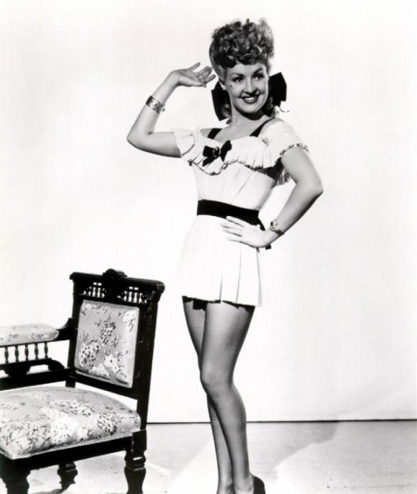 4) 1940: Zdravě vypadající dívky