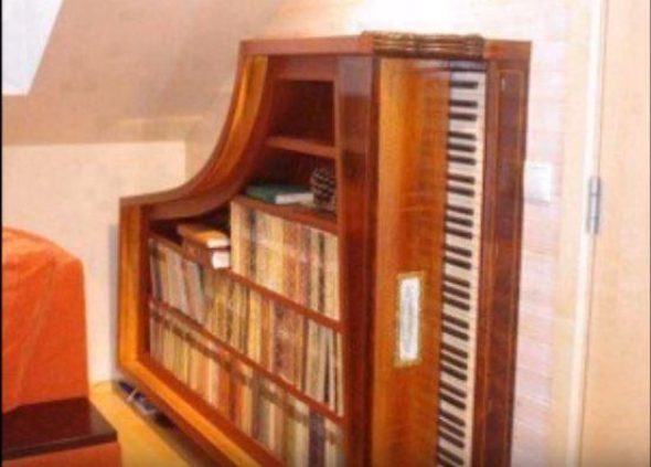 4. Knihovna z piana