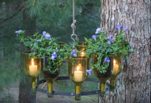 1. Romantická světýlka ze skleněných flašek od vína