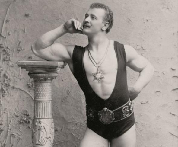 1900: Doba zápasníků a silných mužů