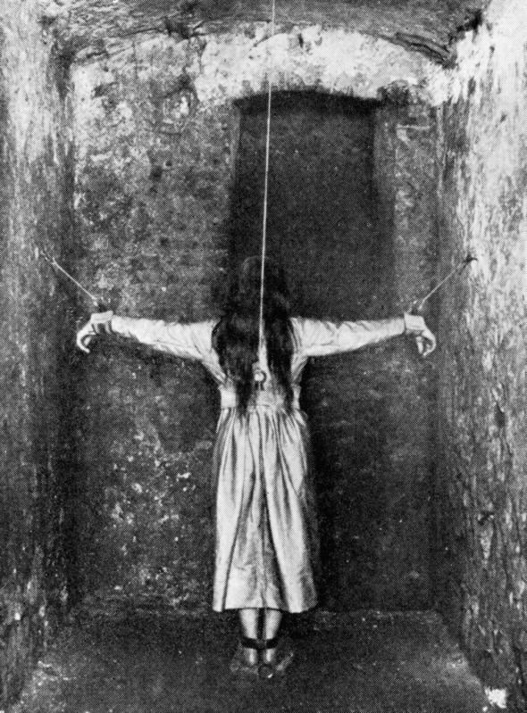 2. Léčba pacienta s duševní democí (Německo, 19. století)