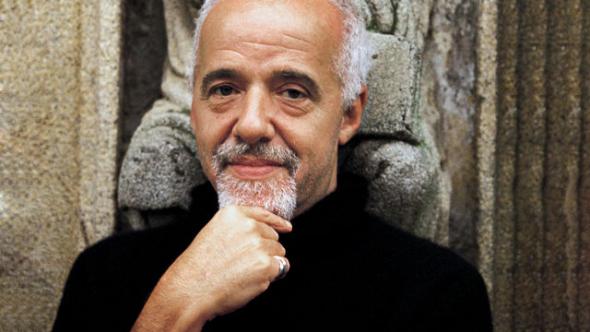 """""""Život je někdy velmi skoupý, uplynou dny, týdny, měsíce a roky, aniž člověk zažije něco nového. Ale pak se otevřou dveře a dovnitř se vřítí lavina. V jednu chvíli nemáte nic, a najednou máte víc, než dokážete přijmout."""" – Paulo Coelho"""