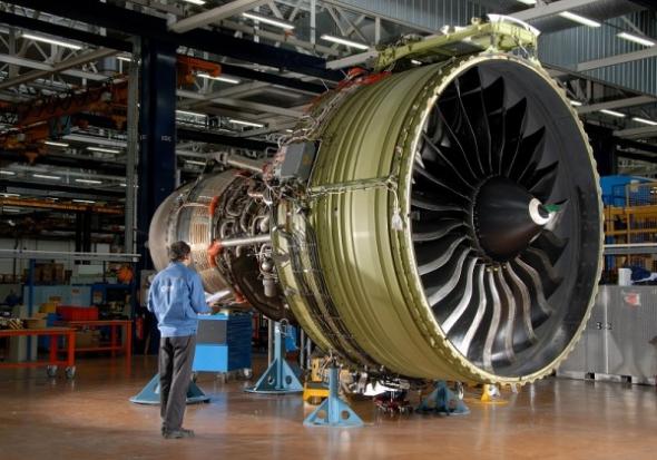 1. Díly proudových motorů za 6,2 miliardy Kč